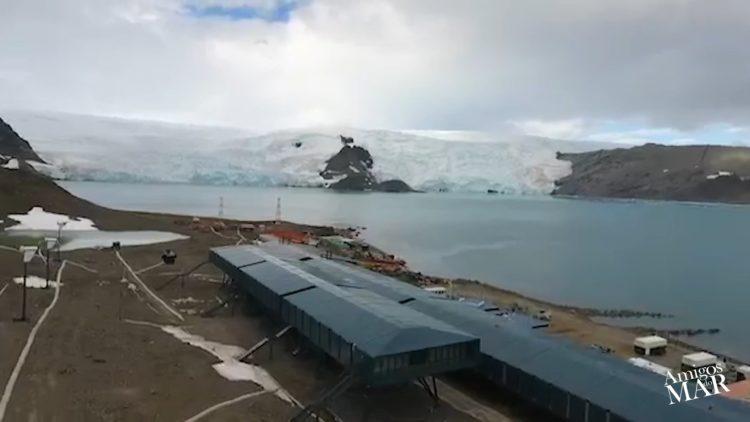 Base Antártica Comandante Ferraz por Ilques Barbosa Junior – Comandante da Marinha